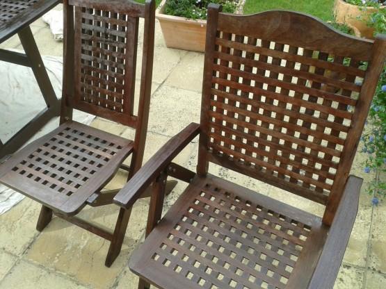 garden furniture varnishing surrey